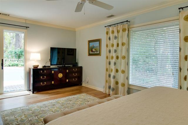 38-Battery-Road--Rear-Master-Bedroom-8485-big.jpg