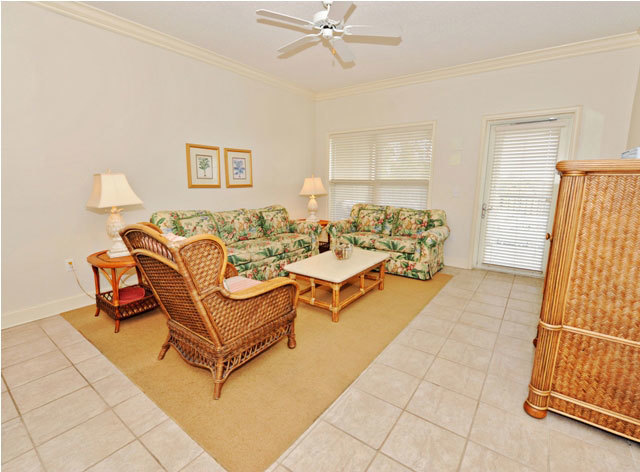 507 north shore place vacation rental home the sea for Living room 507