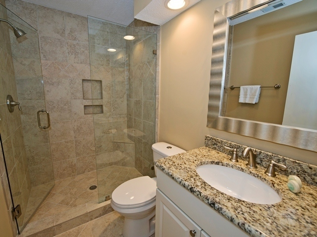 41-Deer-Run-Lane---King-Bathroom-7493-big.jpg