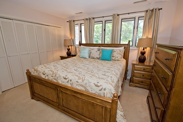 41-Deer-Run-Lane---Master-Bedroom-7489-big.jpg