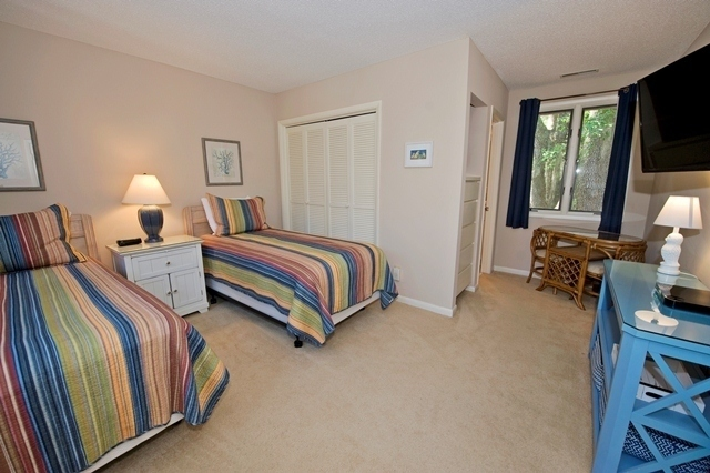 41-Deer-Run-Lane---Twin-Bedroom-7494-big.jpg