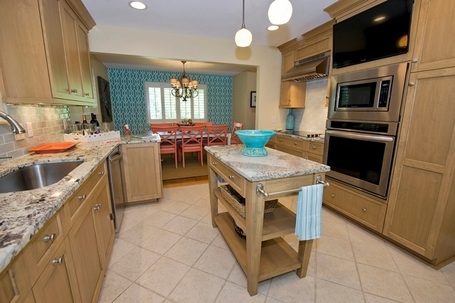 42-North-Sea-Pines-Drive-Kitchen-2-3001-big.jpg