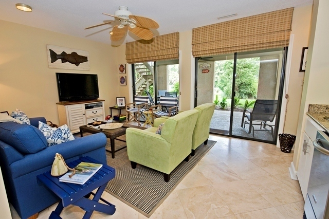 42-North-Sea-Pines-Drive-Living-Room-3--6651-big.jpg
