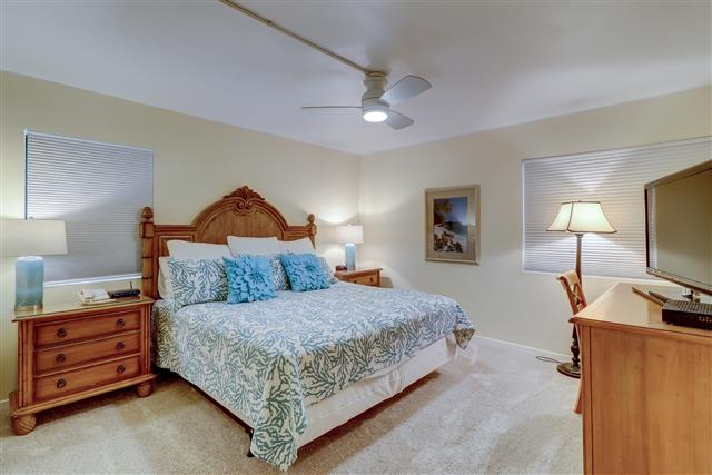 461-Plantation-Club-King-Bedroom-14220-big.jpg