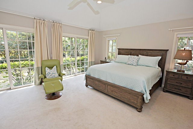47-Woodbine-Place---Master-Bedroom-8901-big.jpg