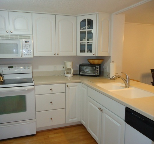 471-Plantation-Club-Kitchen-3229-big.JPG
