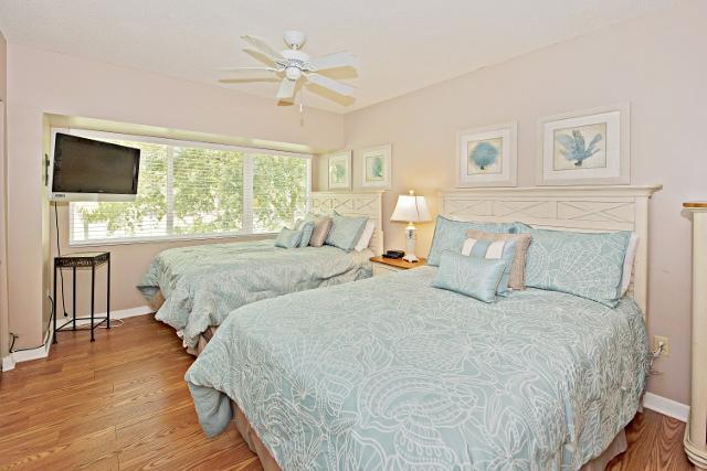485-Plantation-Club---Double-Bedroom-9799-big.jpg