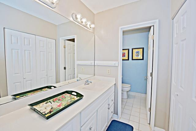 485-Plantation-Club--Master-Bathroom-9794-big.jpg