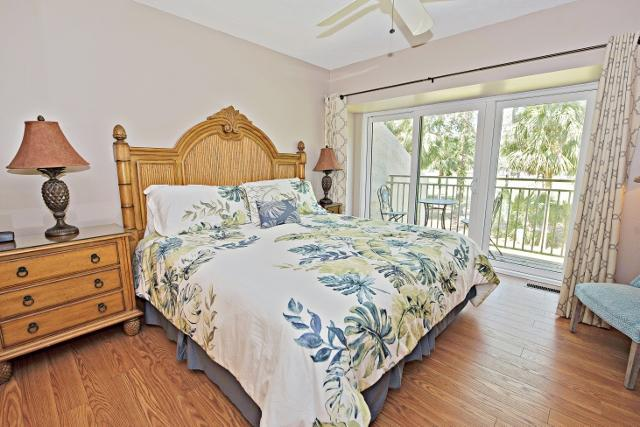 485-Plantation-Club--Master-Bedroom-9793-big.jpg