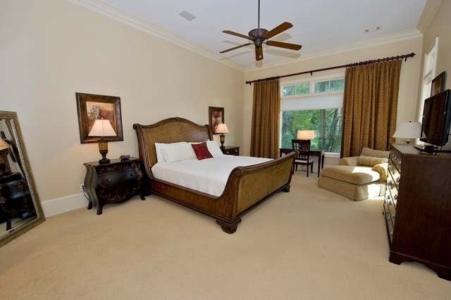 49-Deer-Run-Lane---Master-Bedroom.-7922-big.jpg