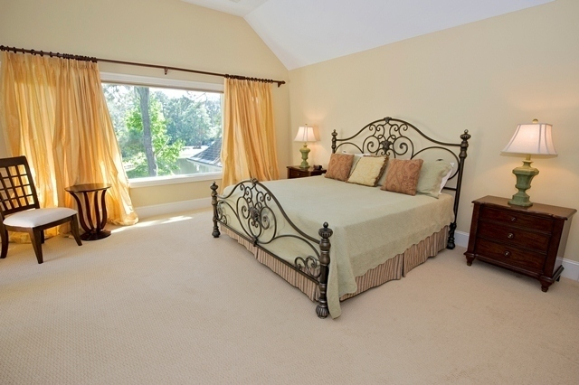 49-Deer-Run-Lane-Master-Bedroom-7905-big.jpg