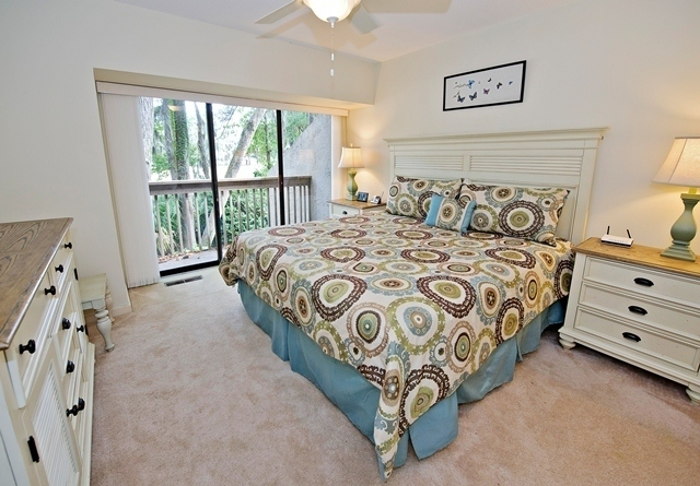 498-Plantation-Club---Master-Bedroom-8784-big.jpg