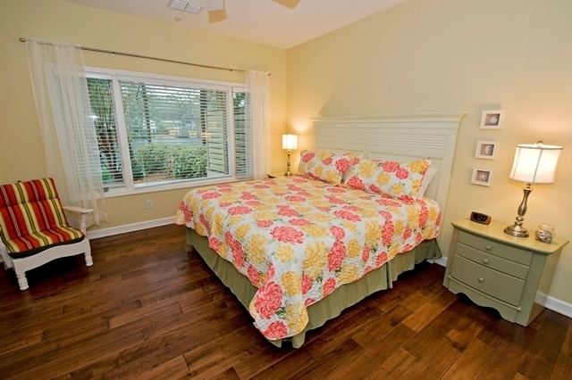 5-Cannon-Row----Master-Bedroom-8262-big.jpg