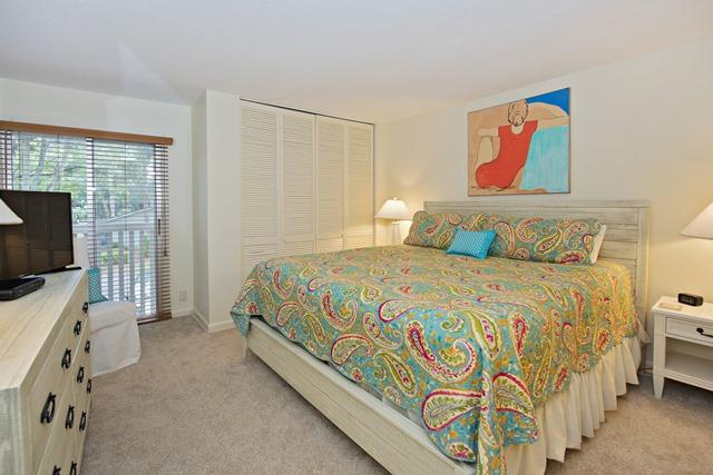 50-Woodbine-Villa---Master-Bedroom-11898-big.jpg
