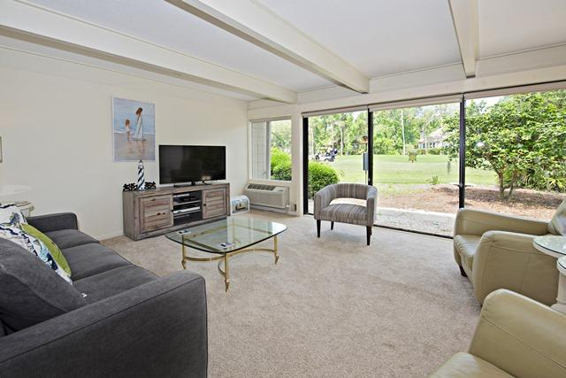 50-Woodbine-Villa--Living-Room-11891-big.jpg