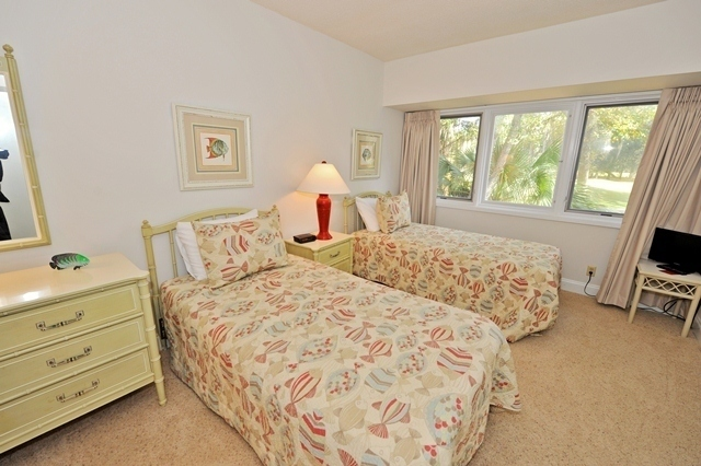 536_Plantation_Club_Bedroom536pc10_big.jpg