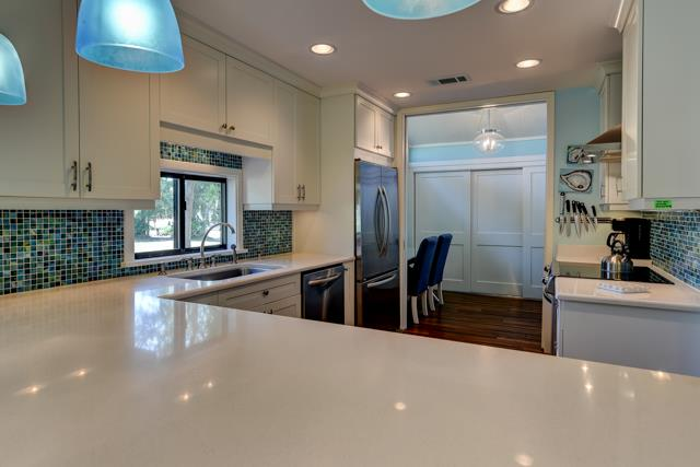 547-Ocean-Course---Kitchen-13829-big.jpg