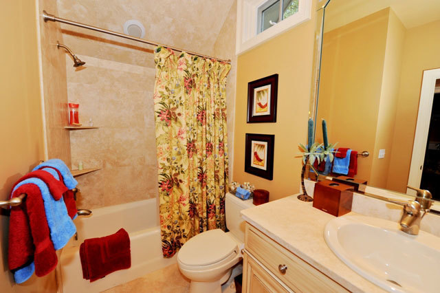 7-Painted-Bunting-Bathroom-2-2880-big.jpg
