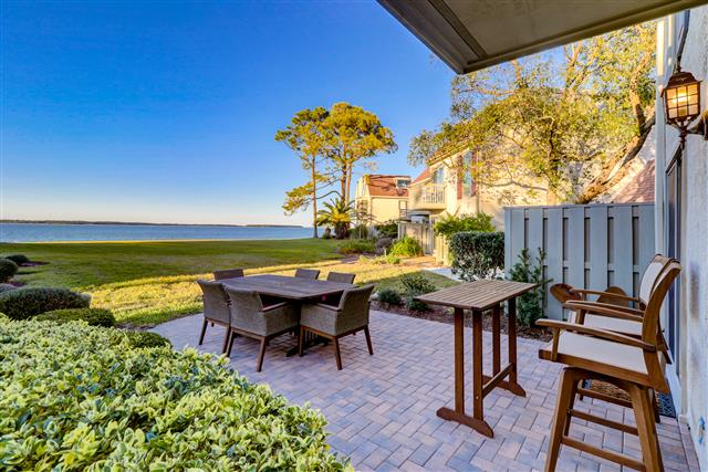 730-Schooner-Court---Patio-with-Wonderful-View-of-Calibogue-Sound-14761-big.jpg