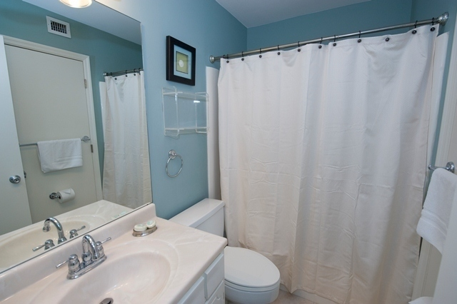 798-Clipper-Court---King-Bathroom-5530-big.jpg