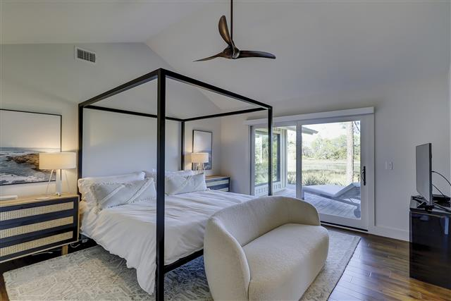 8-Gull-Point-Road---2nd-Master-Bedroom-16647-big.JPG