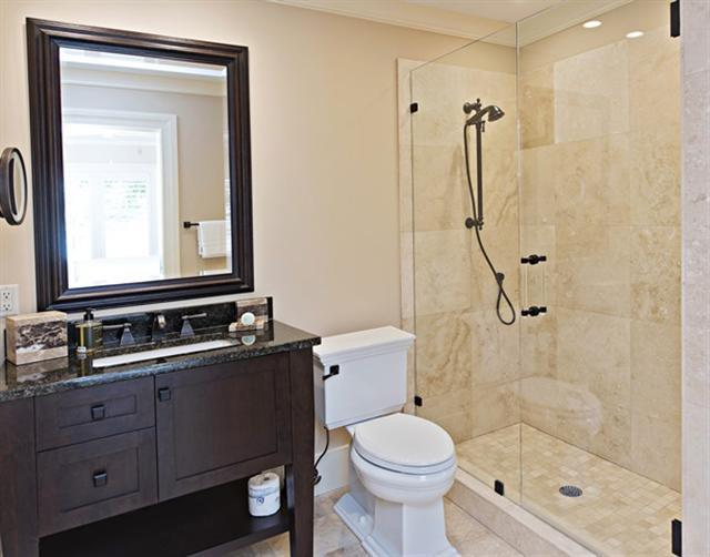 800-Clipper-Court---Master-Bathroom-10713-big.jpg