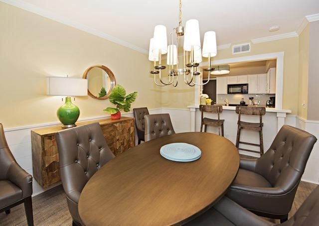 806-Clipper-Court---Dining-Area-10577-big.jpg