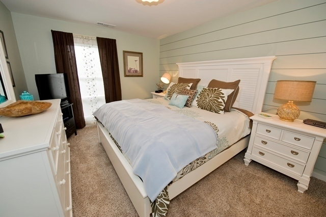 856-Ketch-Court---Master-Bedroom-7254-big.jpg