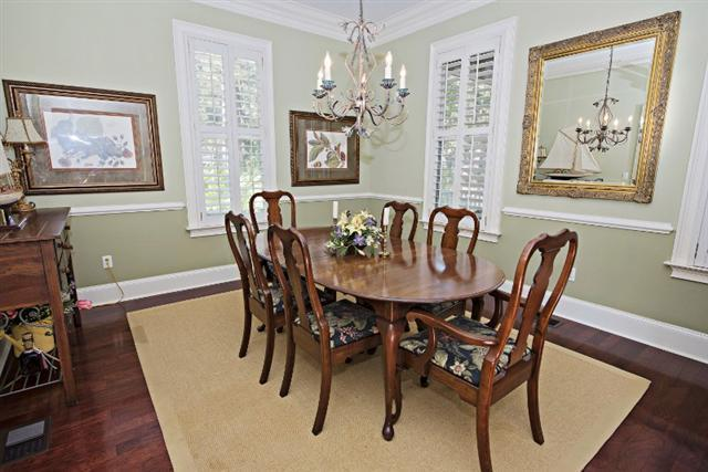 9-Old-Military-Road---Dining-Room-9642-big.jpg