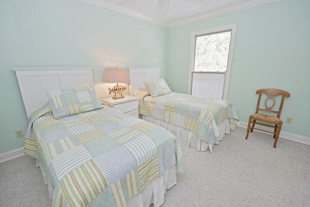 937-Cutter-Court----Guest-Bedroom-8450-big.jpg
