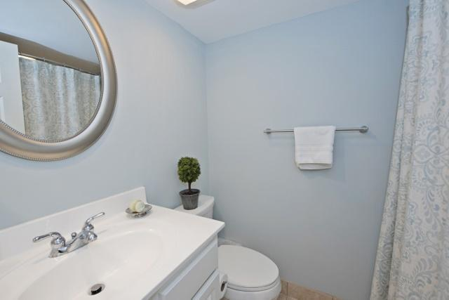 942-Cutter-Court---Master-Bathroom-9914-big.jpg