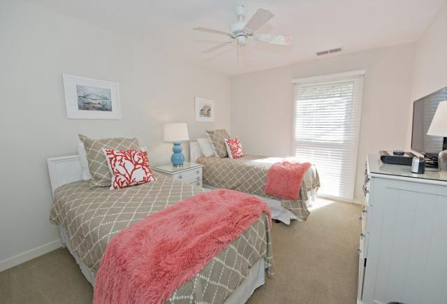 942-Cutter-Court---Twin-Bedroom-9915-big.jpg