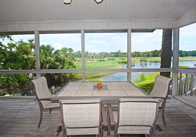 Screened-in-Porch-with-Lagoon-View-10751-big.jpg