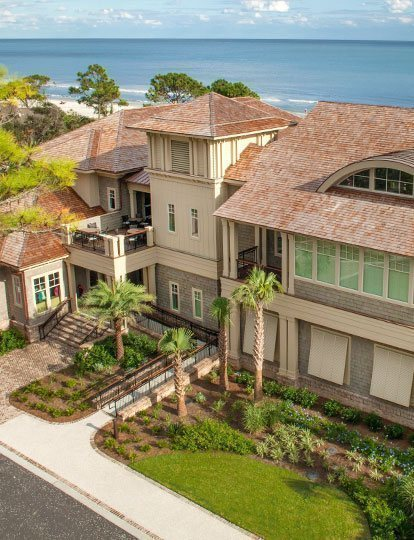 Sea Pines Beach Clubthe World Cl Club Home To Coast Oceanfront Dining Ocean Lounge And Surfside Market Offers Exceptional Service